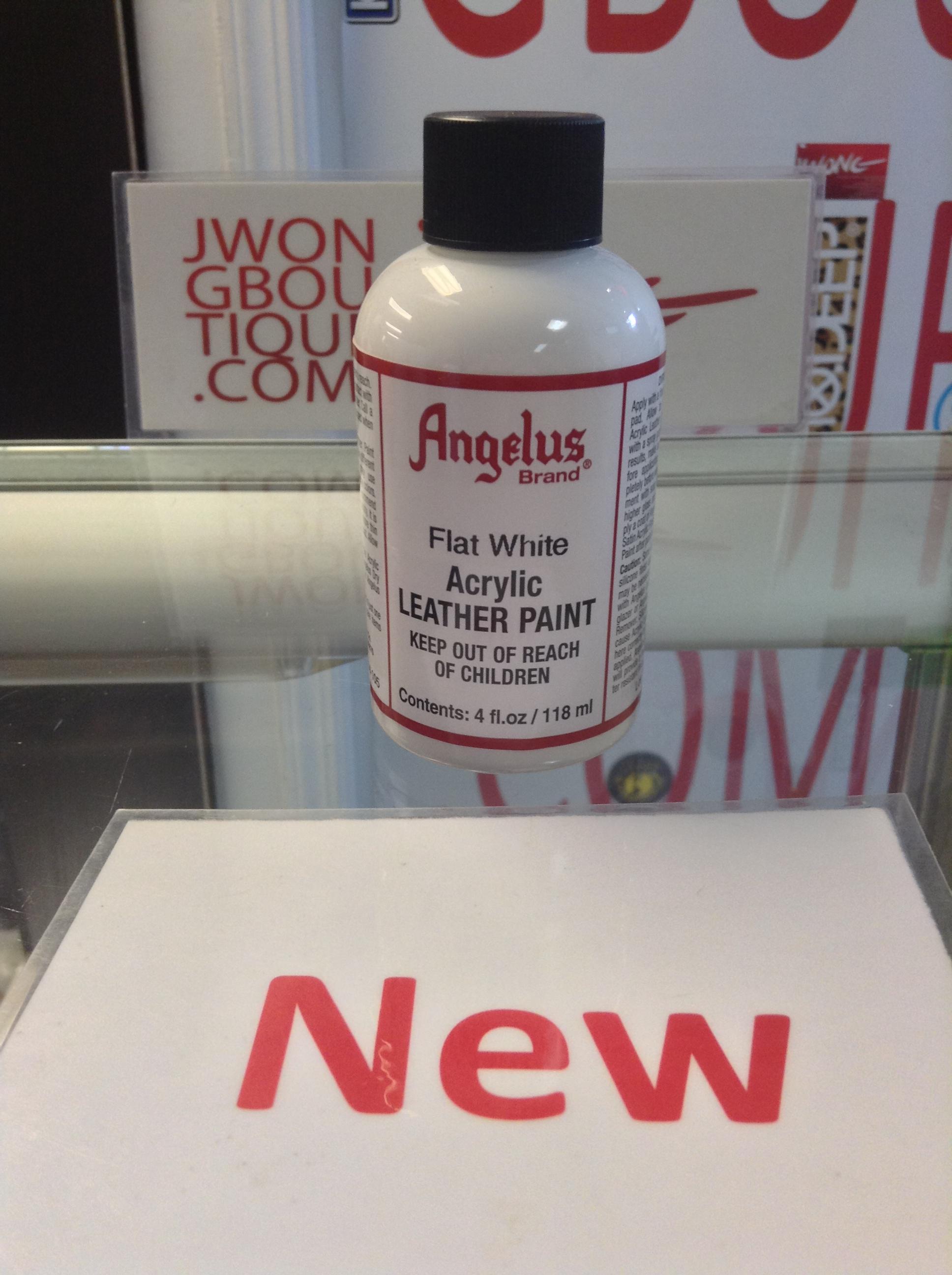 angelus flat white acrylic leather paint 4 fl oz jwong boutique. Black Bedroom Furniture Sets. Home Design Ideas