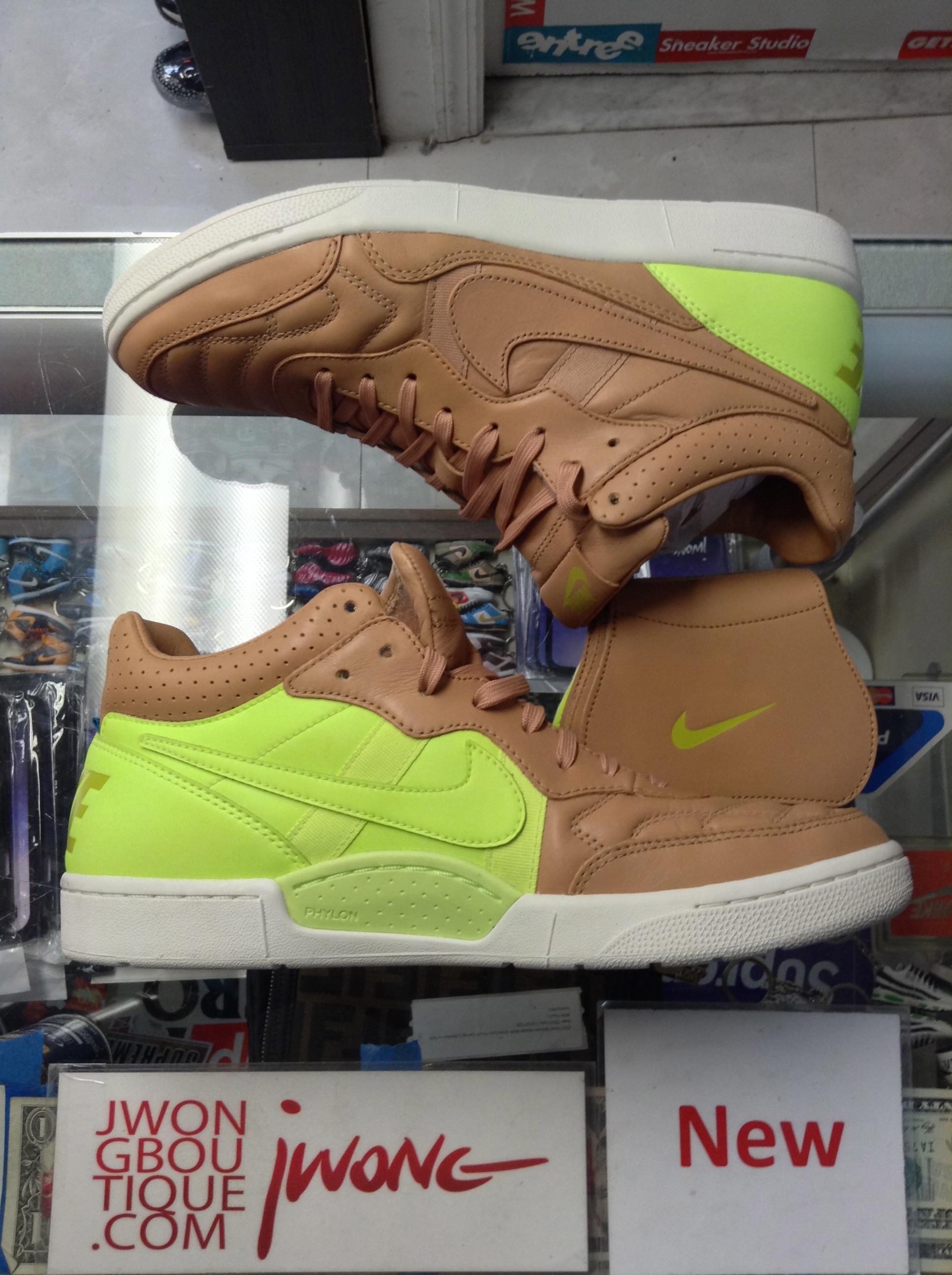 a387ab7348e5 2013 Nike NSW Tiempo 94 Mid Vachetta Tan Volt
