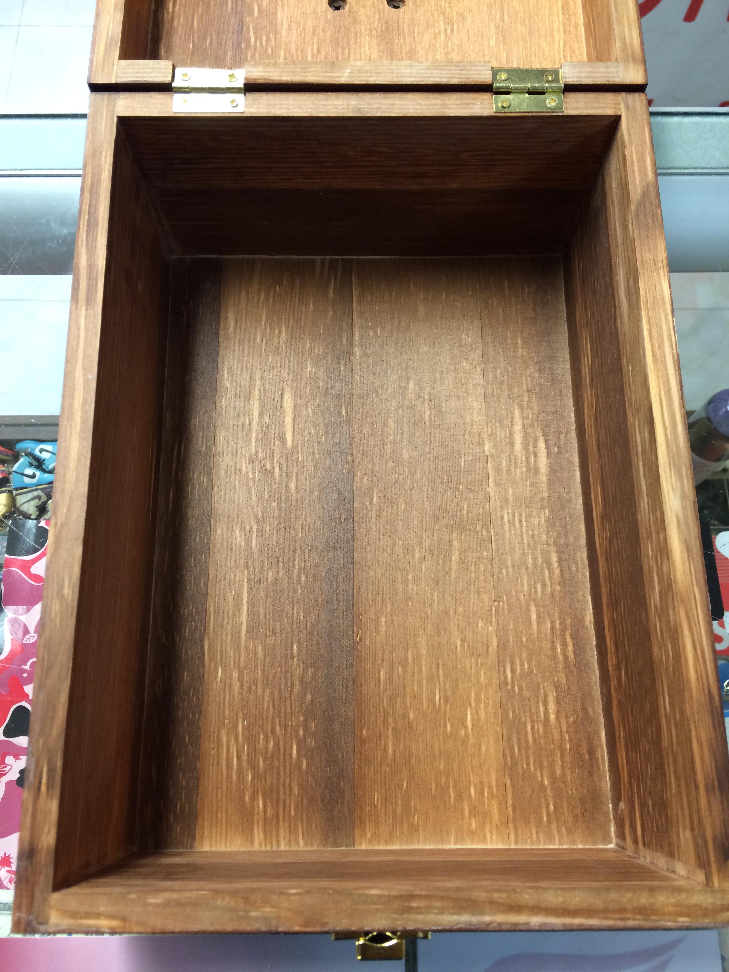 5f8a8ae66f3 Kiwi Select Shoe Shine Care Kit Valet II Wooden Box