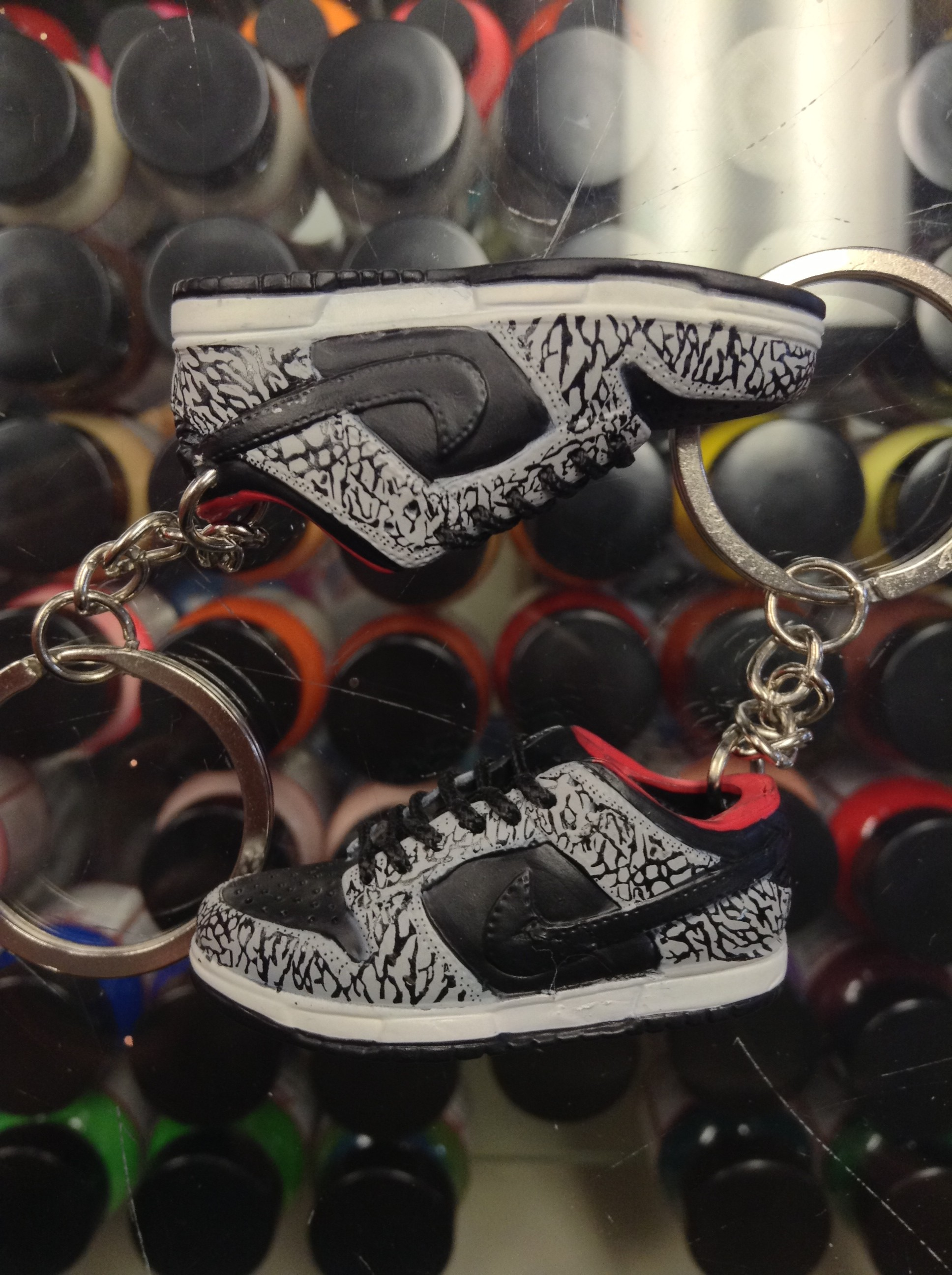 ce1b57bef95e 2002 Nike Dunk Low Pro SB Supreme Cement 3D Keychain